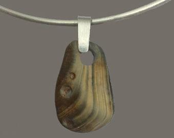 Necklace - Single golden-gray caribbean stone pendant choker