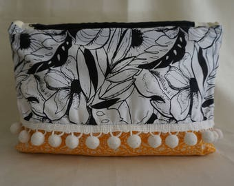 Cosmetic Bag / Makeup Bag / Purse/ Accessory Bag / Travel Bag / Handmade