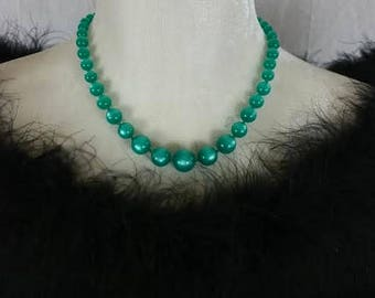 Vintage Mid Century Moon Glow Green Lucite Beaded Necklace 1960's