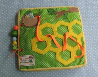 Quiet game, Bee and Beetle, Felt  Animals Learning Toy,  Gift for Kid, game for ages 2-5
