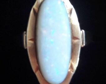 Art Deco vintage ring, 14k gold, opal