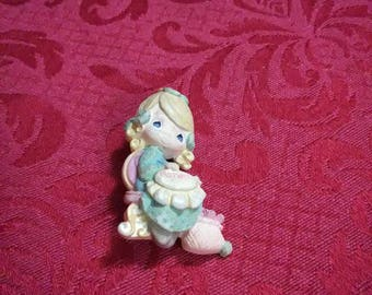 Vintage. Precious moments brooch.