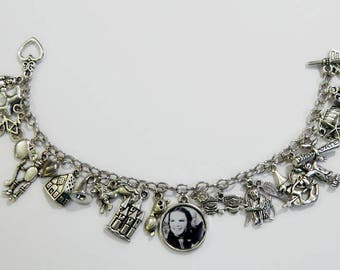 The Wizard of Oz Inspired Sillver Plated Photo Charm Bracelet Classic Movie Dorothy