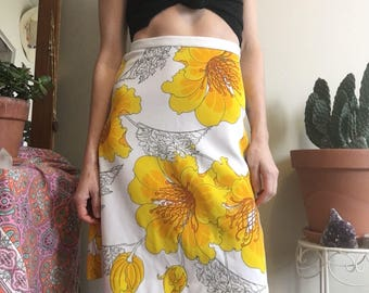 1970's Aloha midi skirt • Vintage • Hawaii • Floral Print • Hibiscus • Vintage Skirt • 70's • Boho • Hippie • Cute • Yellow • Tropical •