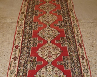 Old Persian Sennah Kilim Runner, Linked Meadllion Design, Excellent Condition, Circa 1920.