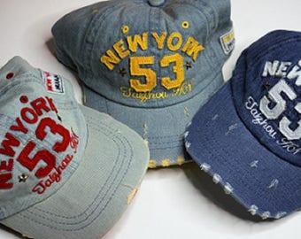 Adjustable baseball cap/hat