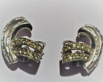 Vintage Castlecliff Clip Rhinestone Earrings