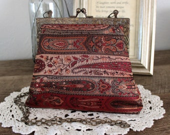 Handmade handbag Shakeels Concepts enjoy the elegance vintage clutch