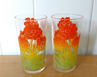2 vintage poppy glasses