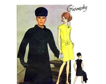 SALE 1960s Givenchy Loose Fitting Dress Double Breasted Jacket Vogue 1918 Vintage Sewing Pattern Size 12 Bust 34