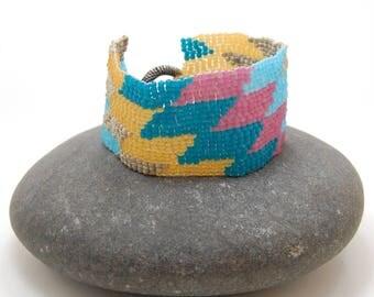 70's Diamond/Peyote Bracelet/Beaded Bracelet/Beadwoven Bracelet/Handmade Jewelry/Patterned Bracelet