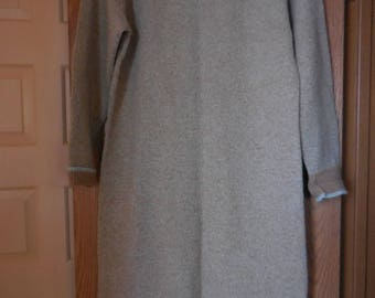 Vintage 1970's Shetland Wool Sweater Dress Zips up back, really Cute Tan & Aqua