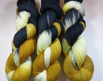 Hand Painted Superwash Merino and Nylon 4-Ply Sock/Fingering Yarn -- Bengal Tiger