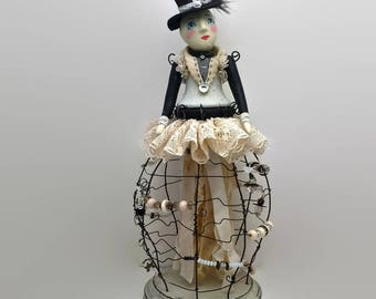 Workshop - DAY DREAM BELIEVER - An Art Doll - Instructor - Julie Haymaker Thompson Sunday, August 27th 10 - 5