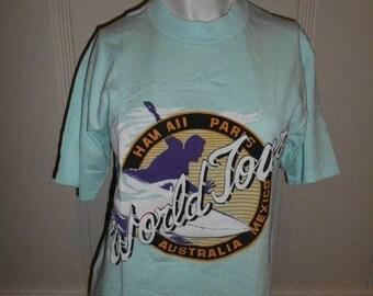 Closing Shop 40%off SALE Vintage 80s 90s tourist World Tour SURF     tee  shirt t shirt      Hawaii Paris Australia  Mexico