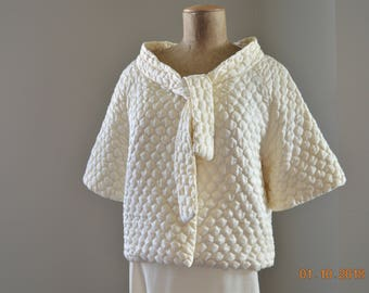 "60's,Quilted Bed Jacket,M,36"" to 38"" chest,Honey Puff Barbizon, White  Ivory,Iconic Vintage Classic Rolled over neckline Tie Front"