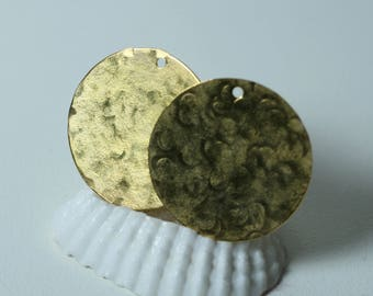 Hand hammered matte finish gold plated stamping blank drop dangle 25mm in diameter, 2 pcsr (item ID XW04863ABAK)