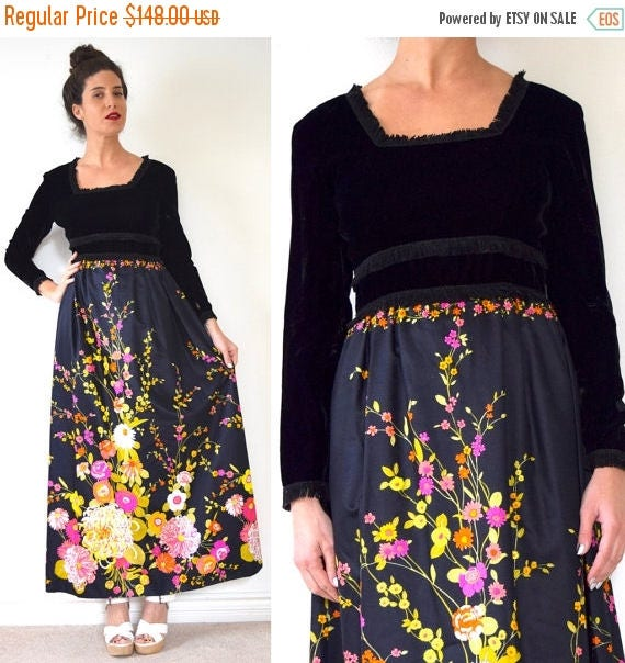 SALE SECTION / 50% off Vintage 60s 70s Velvet Floral Maxi Dress (size small, medium)