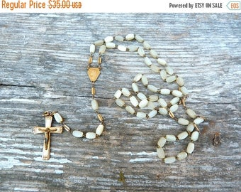 ON SALE Vintage 1930/30s French  motherofpearl seashell  rosary /religious/christianity