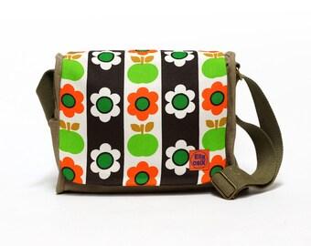 Floral 70s Fabric bag, Retro Handbag, Vintage Fabric Upcycled Bag, Upcycled Canvas Bag by EllaOsix