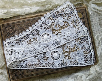 Antique Victorian Stand Up Collar...Vintage Fine Cotton Edwardian Lace Collar, Costume Supply, Sewing Supply, Collectible Art ... CC1707