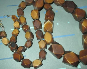 Vintage MOD Tan and Brown Faceted Chunky Beaded Long Necklace