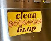 Dishwasher magnet: Clean dirty magnet mango glazed porcelain mango kitchen decor red yellow ceramic magnet dishes magnet housewarming gift