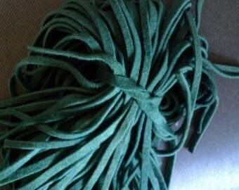 80 Hand Dyed Wool Rug Hooking Strips  Medium Green