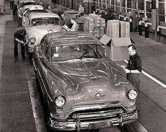 Oldsmobile Assembly Line 1950's 1900's Photo