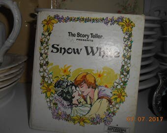 1973 The Story Teller Presents Snow White Small Hardback book