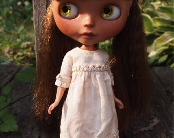 Distressed Ruffle Sleeve Dress for Blythe Dolls