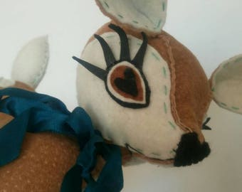 Teddy Fawn - Sand Suede Leather, Creamy White Felt Hand Stitched Deer - Limited Edition