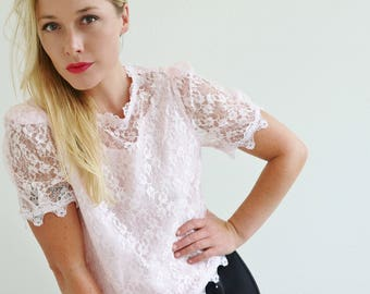 1980s Pale Pink Lace Blouse /// Size Extra Small to Small