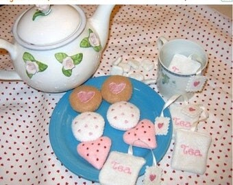 SALE play food, pretend food felt Tea with cookies and tea bags tea party birthday party #PF2571