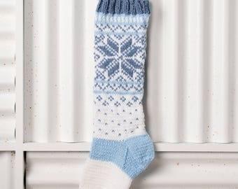 Christmas Stocking, Christmas Stocking Patterns, Christmas Stocking Design, Christmas Knitting, Blue, white stocking, Norwegian Snowflakes