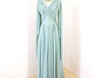 vintage 1940's dress ...ethereal PEGGY HUNT Original seafoam chiffon GODDESS cape hollywood bombshell glamour dress gown rare size l xl