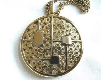Modernist Medallion Pendant Necklace Vintage Round  by Sarah Coventry