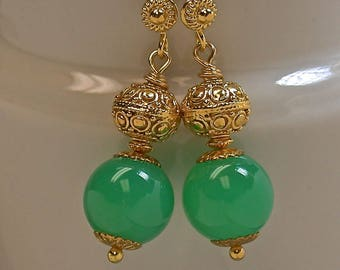 Vintage GEM Chrysoprase Green Bead Earrings, Handmade Bali 24k Gold Vermeil Beads, Handmade Bali 24k Gold Vermeil Ear Wires