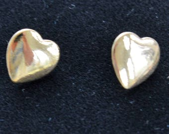 Gold Heart Stud Pierced Earrings, Vintage (B2)