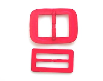Vintage Red Plastic Belt Buckle Scarf Slide T Shirt Clip Retro Fashion Accessories, set of 2