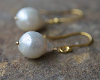 Baroque Pearl Earrings White Flameball Pearl Earrings