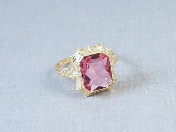 Vintage Art Deco 10K gold pink synthetic spinel ring, size 6, signed Esemco Shiman