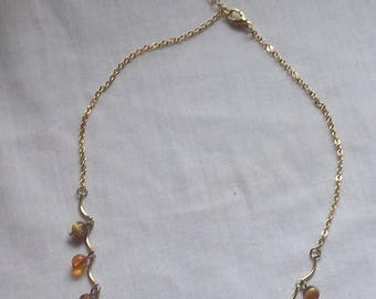 SALE Beads Gold Tone Necklace Amber bead