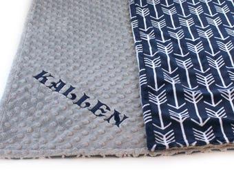 Personalized Baby Blanket / Minky Baby Blanket Boy, Silver Gray Navy Arrow Baby Blanket // Soft Baby Blanket // Baby Shower Gift