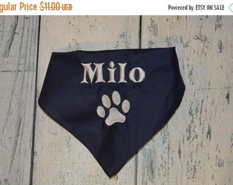 ON SALE Personalized  Dog Bandana with Paw Print - Custom Colors
