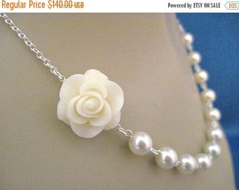ON SALE Wedding Jewelry Set of 7 Ivory Beauty Rose and Pearl Bridal Necklaces