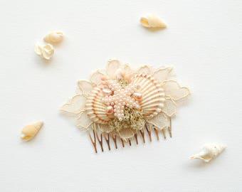 Cream Gold Beach Weddings Bridal Seashells Comb, Nautical Hawaiian Wedding Hair Accessories, Bridal Blush Mermaid Seashells Headpiece