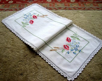 RUNNER Table Dresser Scarf Vintage Hand Embroidered Nosegay Flowers Lace Trim