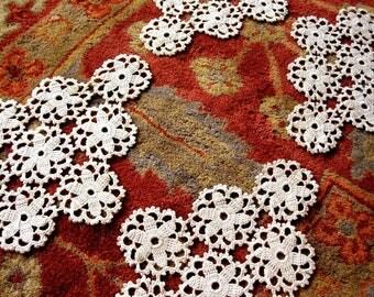 DOILY Runner Scarf Set Cotton Crochet Ecru Crocheted Lace Diamond Ovals Set 4