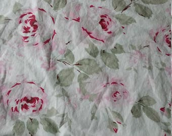 Simply shabby chic   Pink and red  roses on white  flat twin  sheet